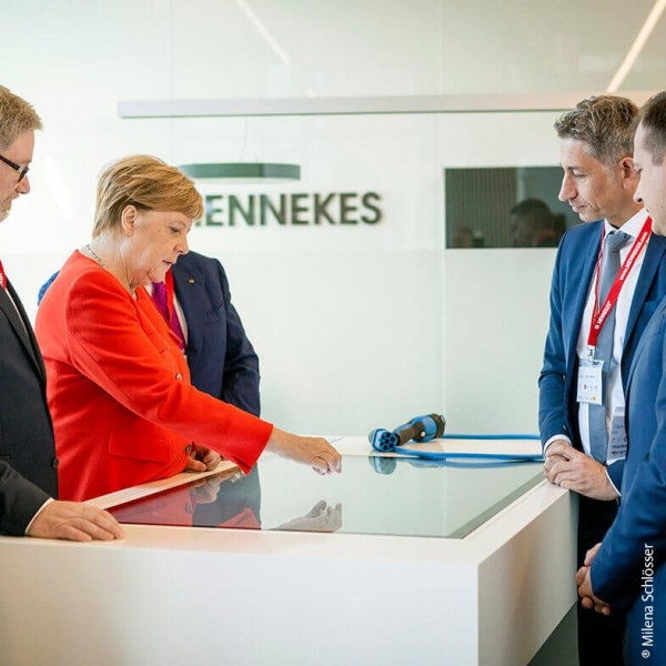 Mennekes Showroom EUREF Merkel Besuch